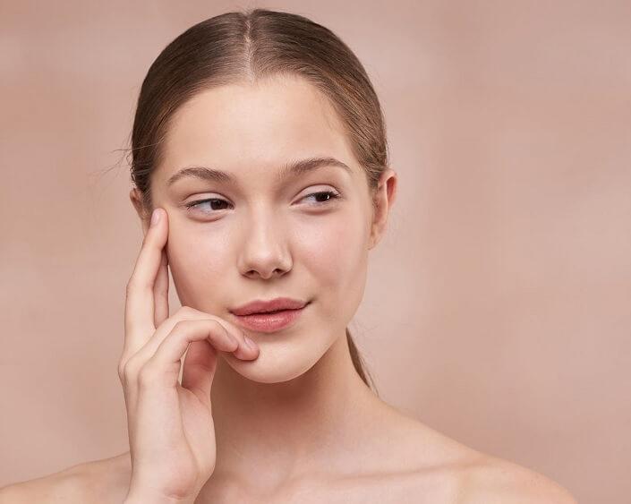 10 cách giảm nếp nhăn trên mặt giúp bạn trẻ hơn so với tuổi