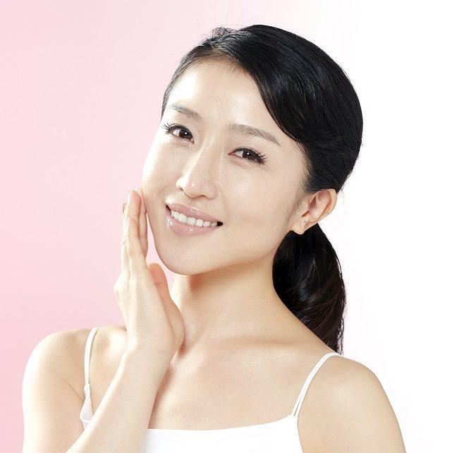 Các bước rửa mặt của phụ nữ Nhật: 10 phút có ngay làn da láng mịn