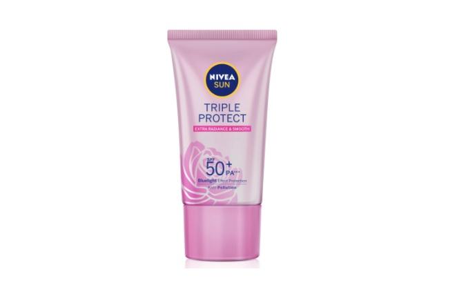 Kem chống nắng giá học sinh Nivea Sun Triple Protect Extra Radiance & Smooth SPF50+ PA+++