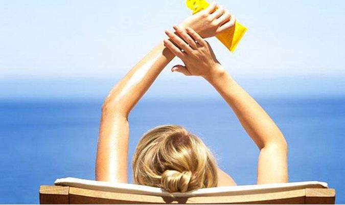 Cách phòng tránh dị ứng kem chống nắng