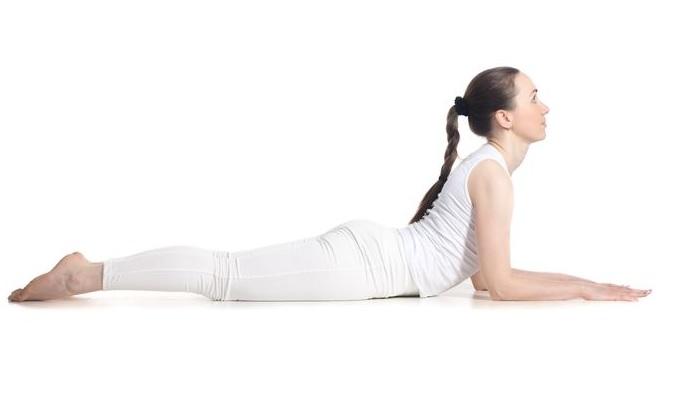 6 bài tập yoga tăng vòng 1 căng tròn khỏi cần phẫu thuật thẩm mỹ