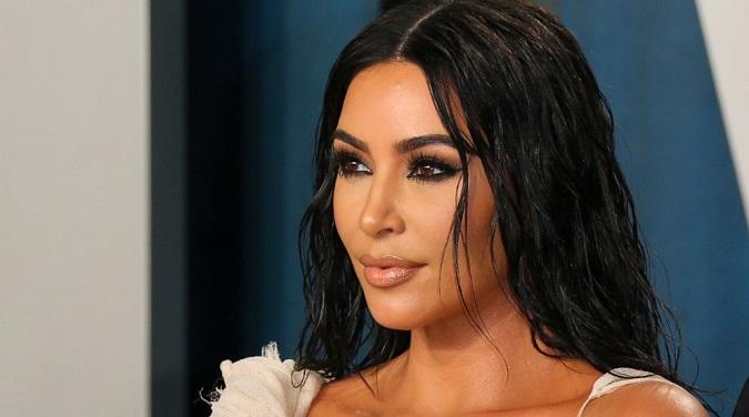 7 bí quyết làm đẹp của cô Kim 'siêu vòng 3' Kim Kardashian